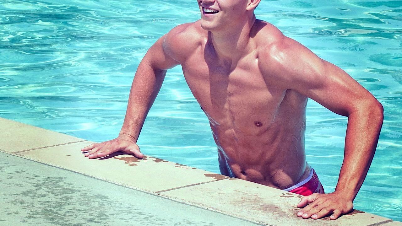 bienfaits de la natation sur la silhouette