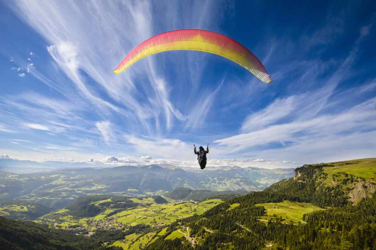 Les conseils à suivre pour un premier vol en parapente dans le Puy-de-Dôme